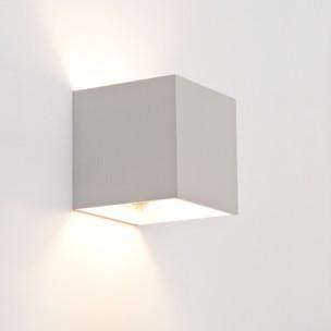 Design wandlamp vierkant alu