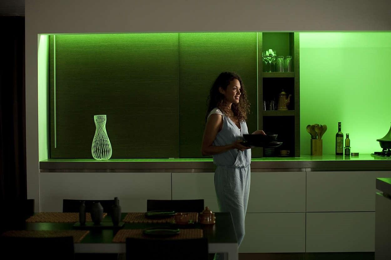 7190355ph philips hue lightstrip plus base 8718696129562. Black Bedroom Furniture Sets. Home Design Ideas
